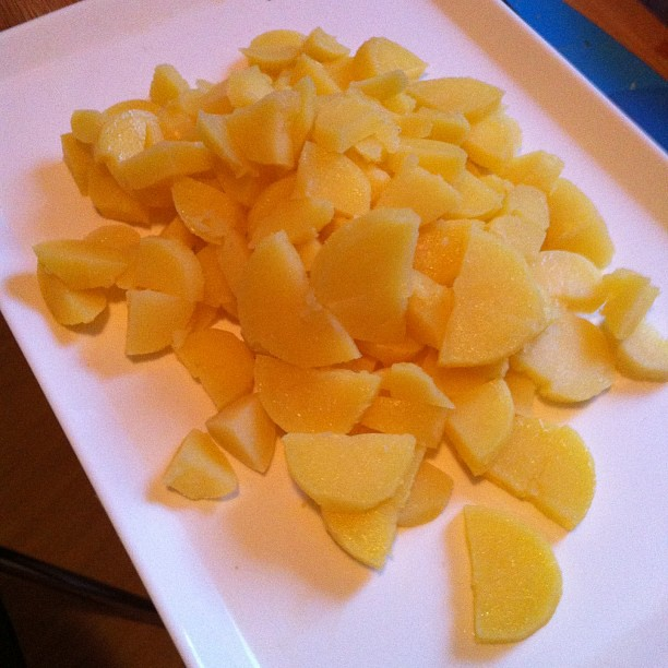 Vorbereitung Kartoffelsalat - via Instagram