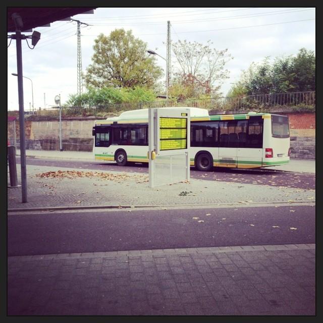 Heute wird mal Bus gefahren... Es lebe der #Nichtganzsofernverkehr! - via Instagram