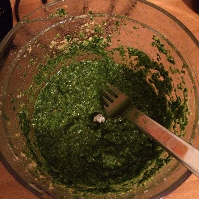 Es gibt wieder #HelloFresh Futter, dafür erstmalig Pesto gebastelt... - via Instagram