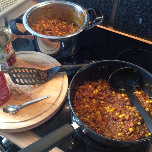 Heute lecker Chili essen mit den Kollegen... - via Instagram