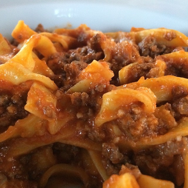 Abendessen: Nudeln mit Ragu di Carne (heißt nicht Bolognese, schmeckt aber so) #foodporn #rome - via Instagram