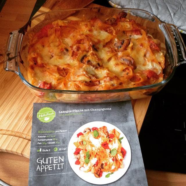 Endlich Zeit zum Kochen, heute gibt's lecker Lasagne-Pfanne. <a href='https://www.senselesswisdom.net/tag/foodporn/' rel='tag'>#foodporn</a> #hellofresh - via Instagram