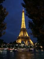 Eiffelturm bei Nacht