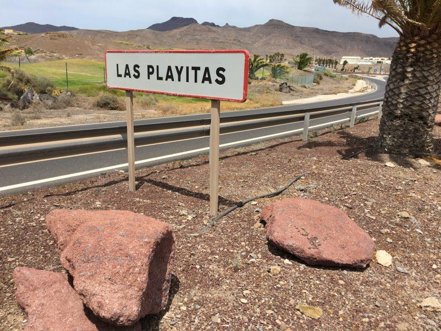 Las Playitas sign