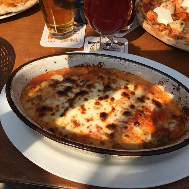 Lecker Lasagne <a href='https://www.senselesswisdom.net/tag/foodporn/' rel='tag'>#foodporn</a> #italian - via Instagram