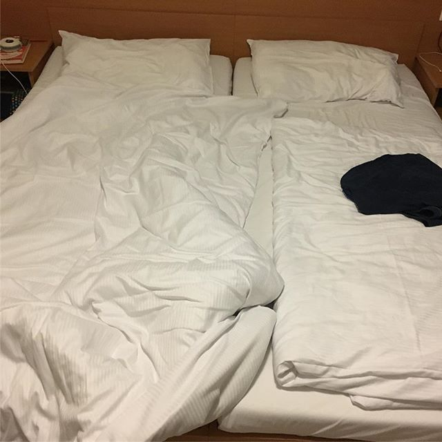 Double room for two days = fresh bed every night! #hotelwisdom #viennacalling - via Instagram