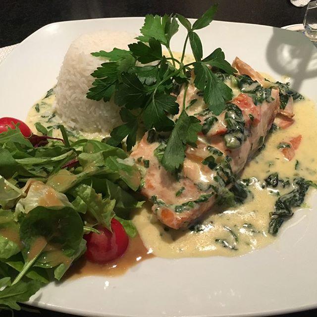 Lecker Lachs beim Italiener #foodporn - via Instagram