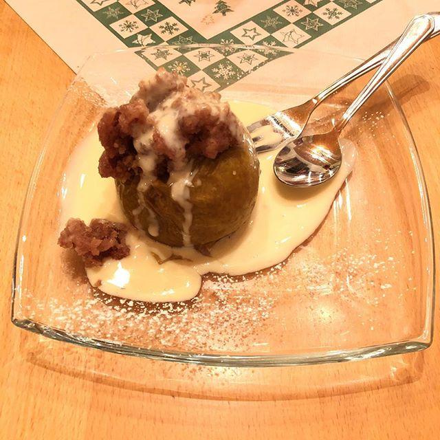 ...und Bratapfel #foodporn - via Instagram