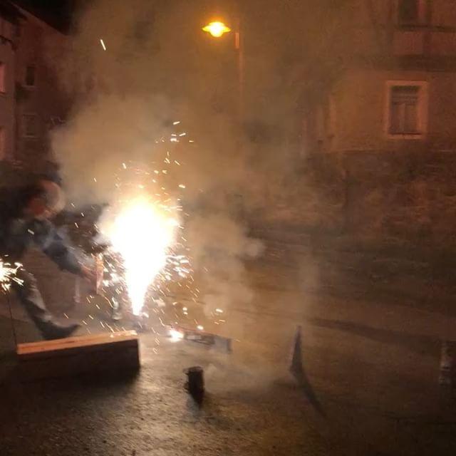 Noch ein wenig Feuerwerk  von gestern <a href='https://www.senselesswisdom.net/tag/silvester/' rel='tag'>#silvester</a> - via Instagram
