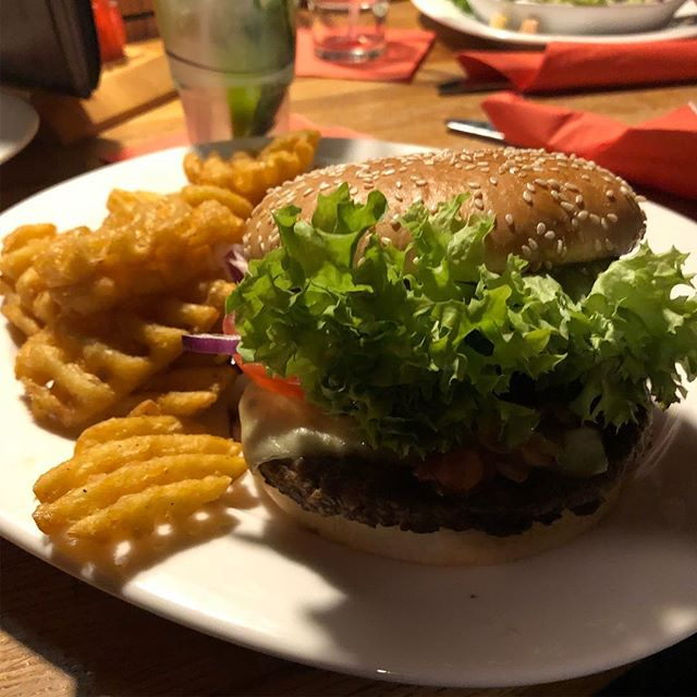 Und jetzt #burgertime <a rel=