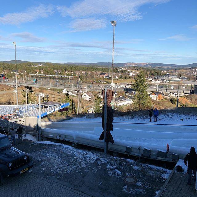 Noch kein Bob zu sehen... #winterberg #schnee #eis - via Instagram