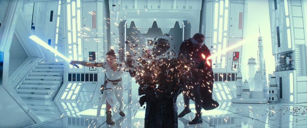 Star Wars - The Rise of Skywalker - Rey & Kylo fight